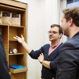 Ausstellung, Das Bureau